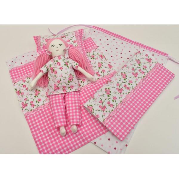 Кукла със спален комплект