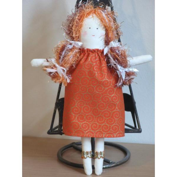 Кукла Еми